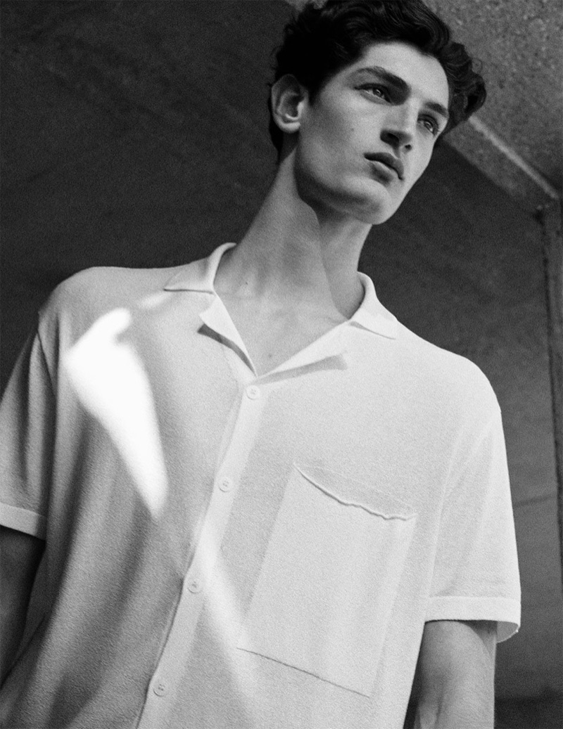 Zara enlists Aaron Shandel to showcase linen fashions from its spring-summer 2019 men's collection.