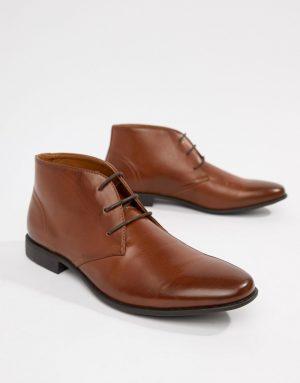 ASOS DESIGN chukka boots in tan faux leather - Tan