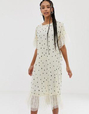 Amy Lynn short sleeve polka dot shift dress with lace detail - Cream