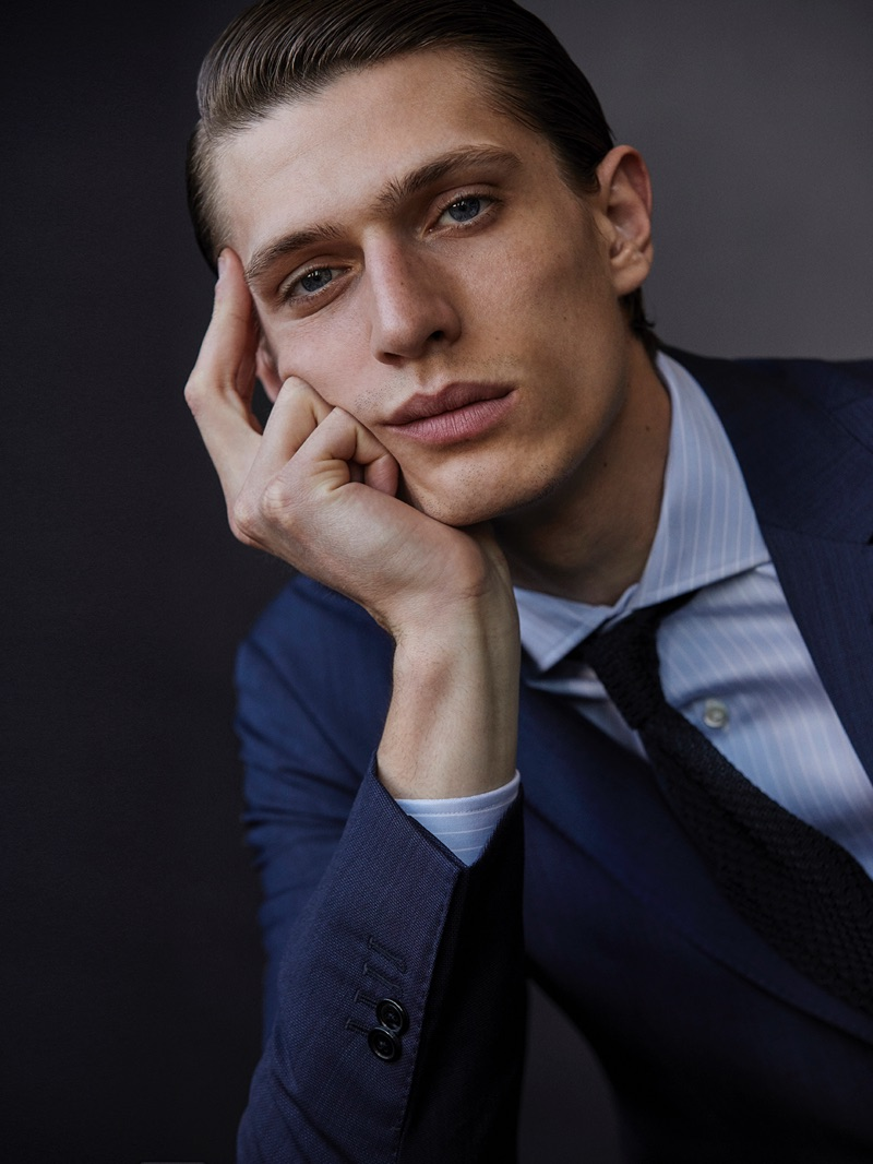 Ready for his close-up, Edoardo Sebastianelli appears in an image for Massimo Dutti.
