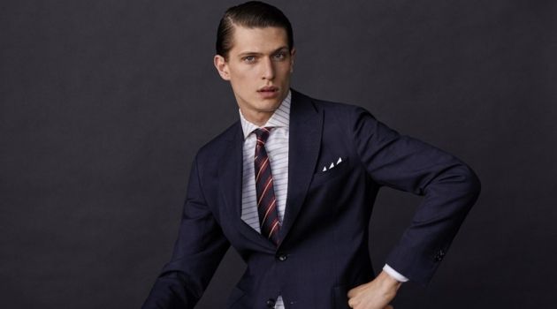 Edoardo Sebastianelli dons a sharp suit look from Massimo Dutti.