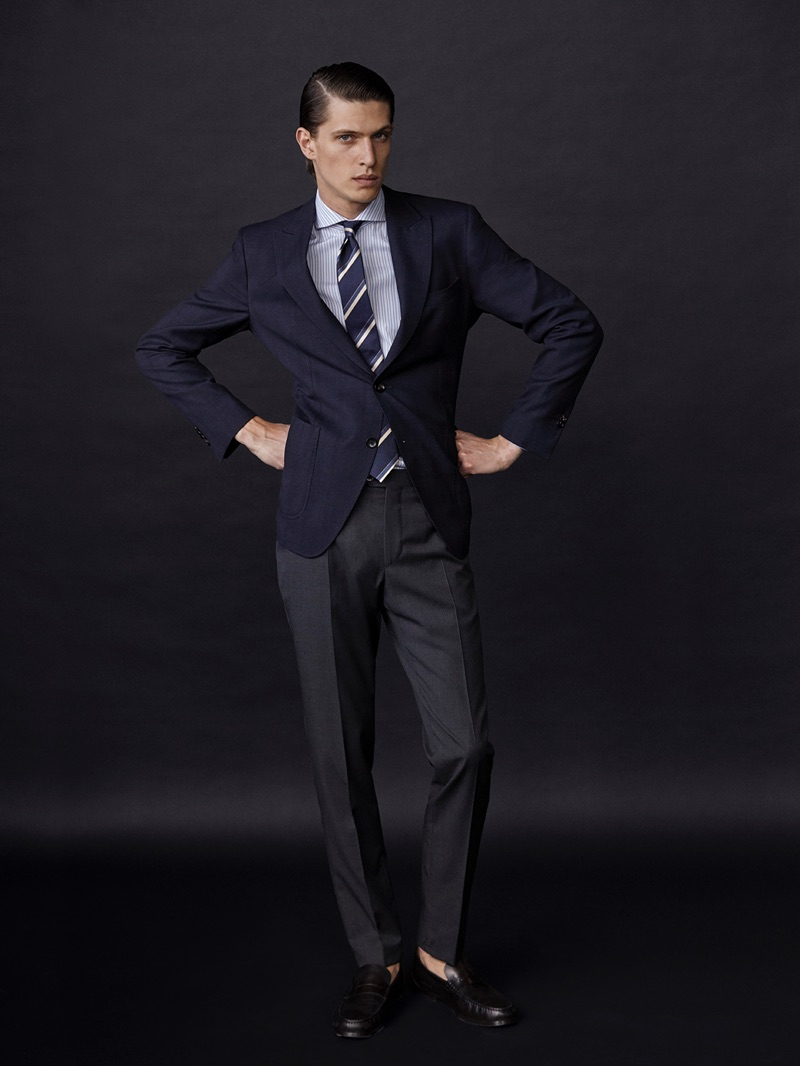 Model Edoardo Sebastianelli poses in a dapper suiting look from Massimo Dutti.