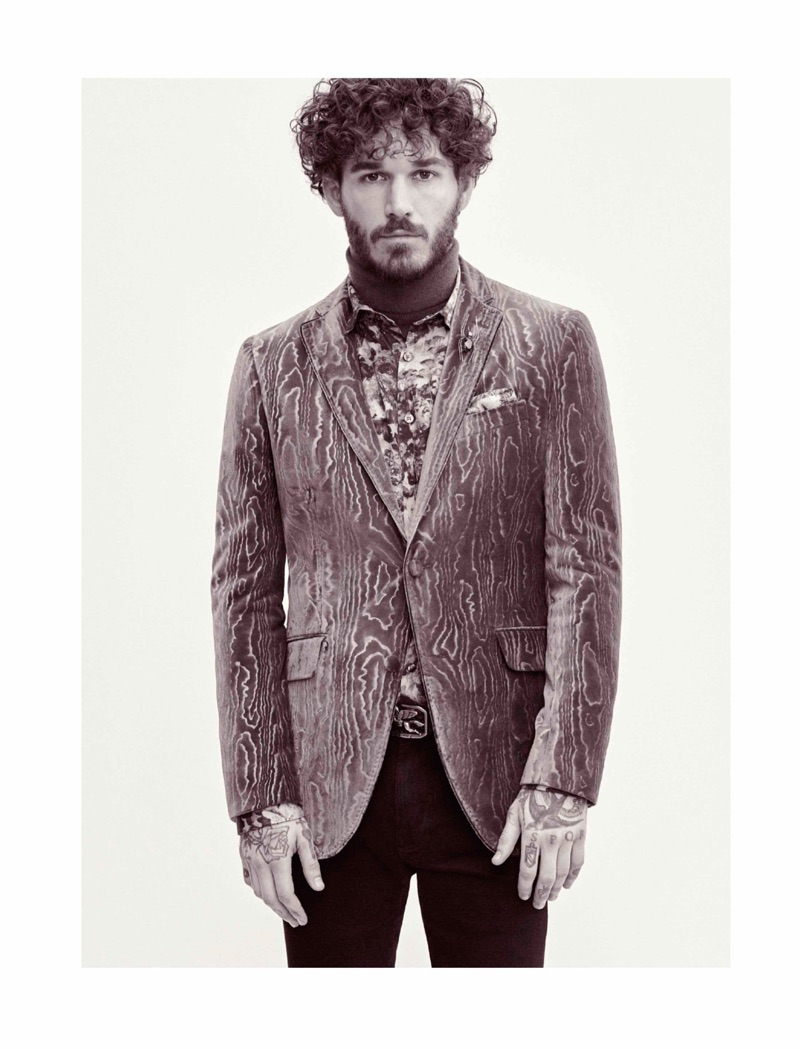 Model David Alexander Flinn is an elegant vision for Etro's fall-winter 2019 men's campaign.