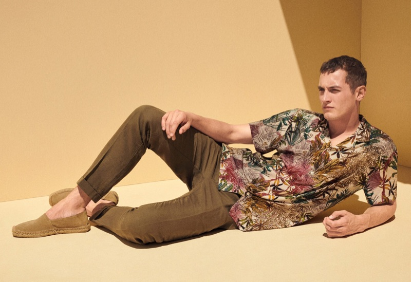 Connecting with Mango for summer, Rutger Schoone models the brand's latest fashions.
