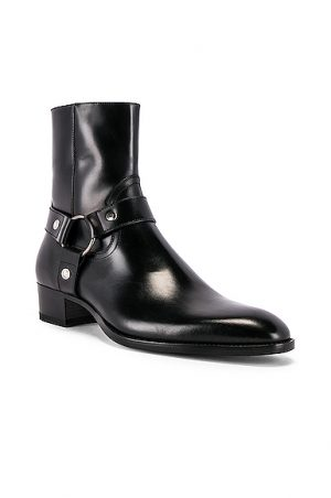 Saint Laurent Wyatt Leather Harness Boots in Black. - size 45 (also in 41,42,43,44,46,40)