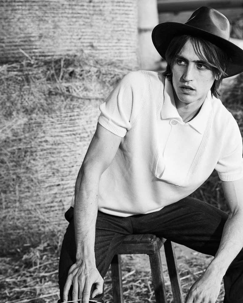 Sam Lammar Takes to Countryside in Western Looks for Style Magazine Italia