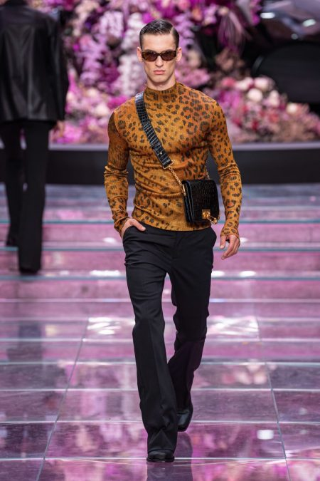 Versace Spring 2020 Men S Collection The Fashionisto