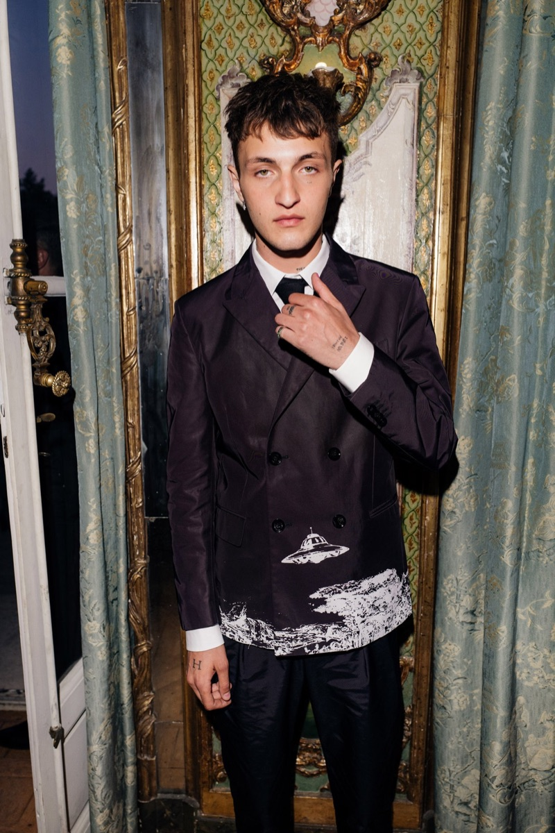 Stepping out as the face of Valentino Born in Roma, Anwar Hadid attends the Born in Roma ball.