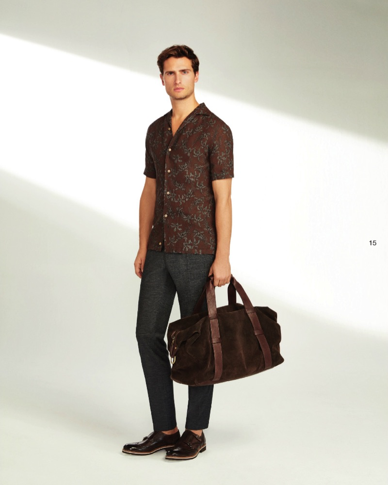 An effortless vision, Tom Warren dons summer style from Beymen Collection.