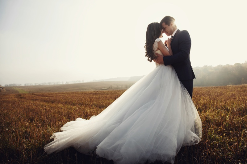 Groom Bride Wedding Dress Suit Romantic