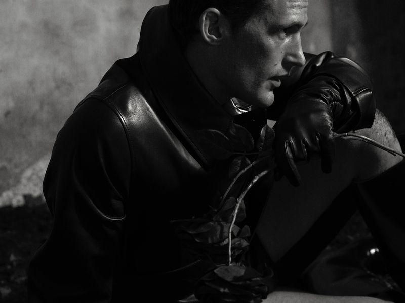 Dark Romeo: Sam Webb, Kristians Jakovlevs & Matteo Ferri for King Kong
