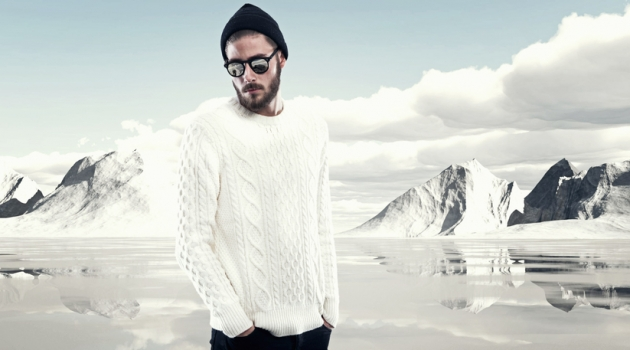 Man Winter Fashion White Cable-knit Sweater