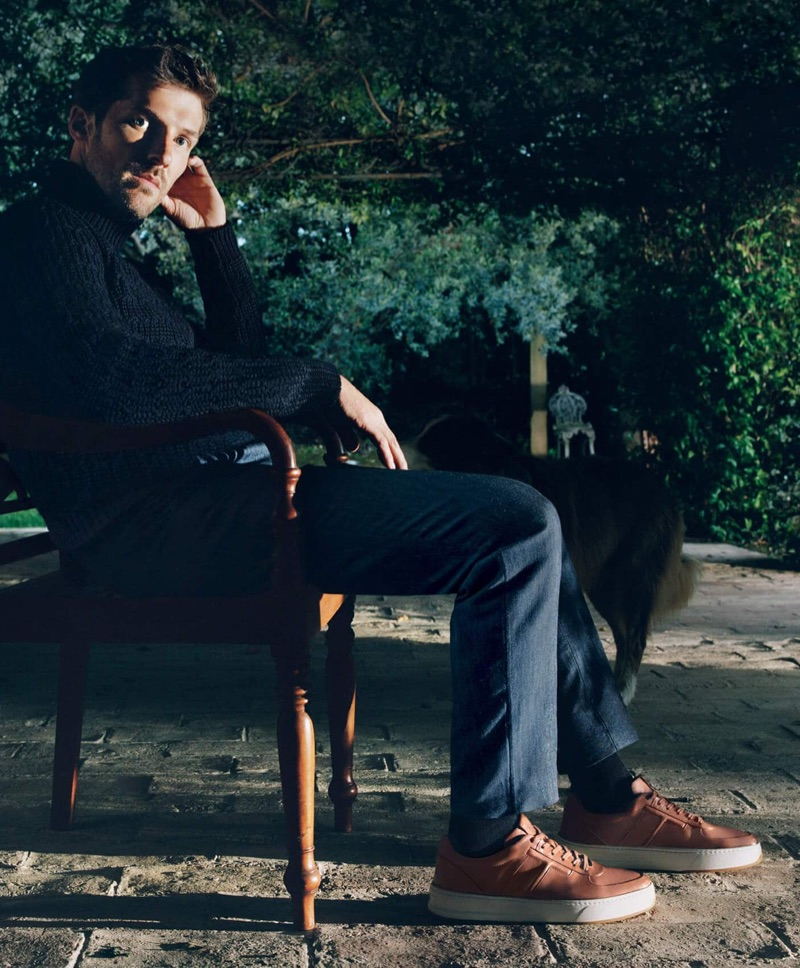Oliver Hadlee Pearch photographs Gwilym Lee for Tod's fall-winter 2019 campaign.