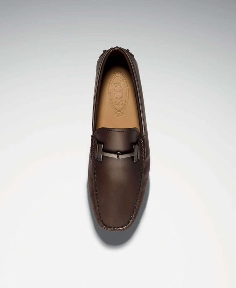 Classic men's brown leather loafers land in the spotlight for Tod's fall-winter 2019 campaign.