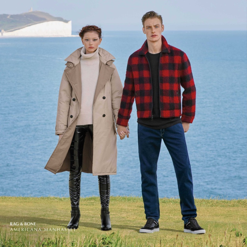Sara Grace Wallerstedt and Roberto Sipos showcase looks from Rag & Bone.