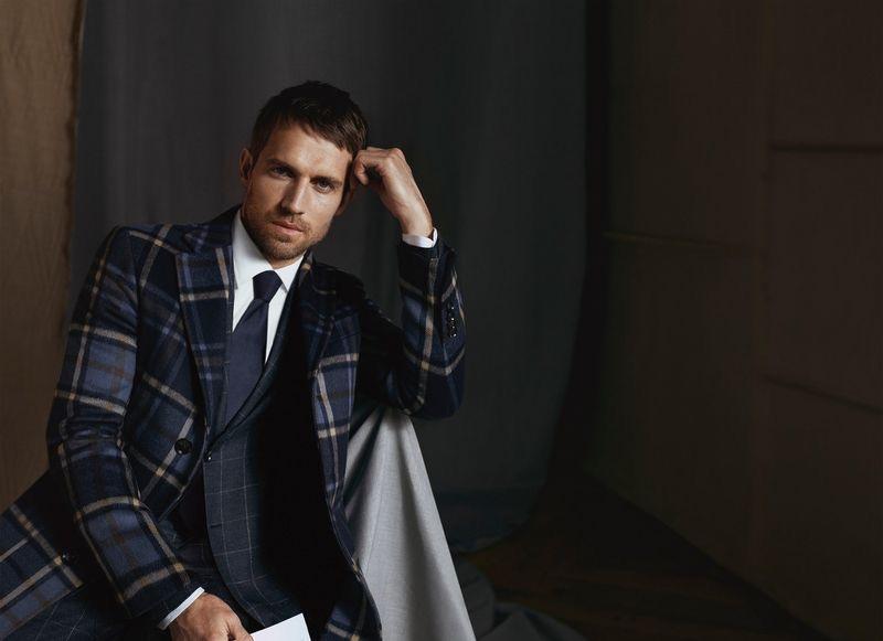 Andrew Cooper fronts Daks' fall-winter 2019 men's campaign.