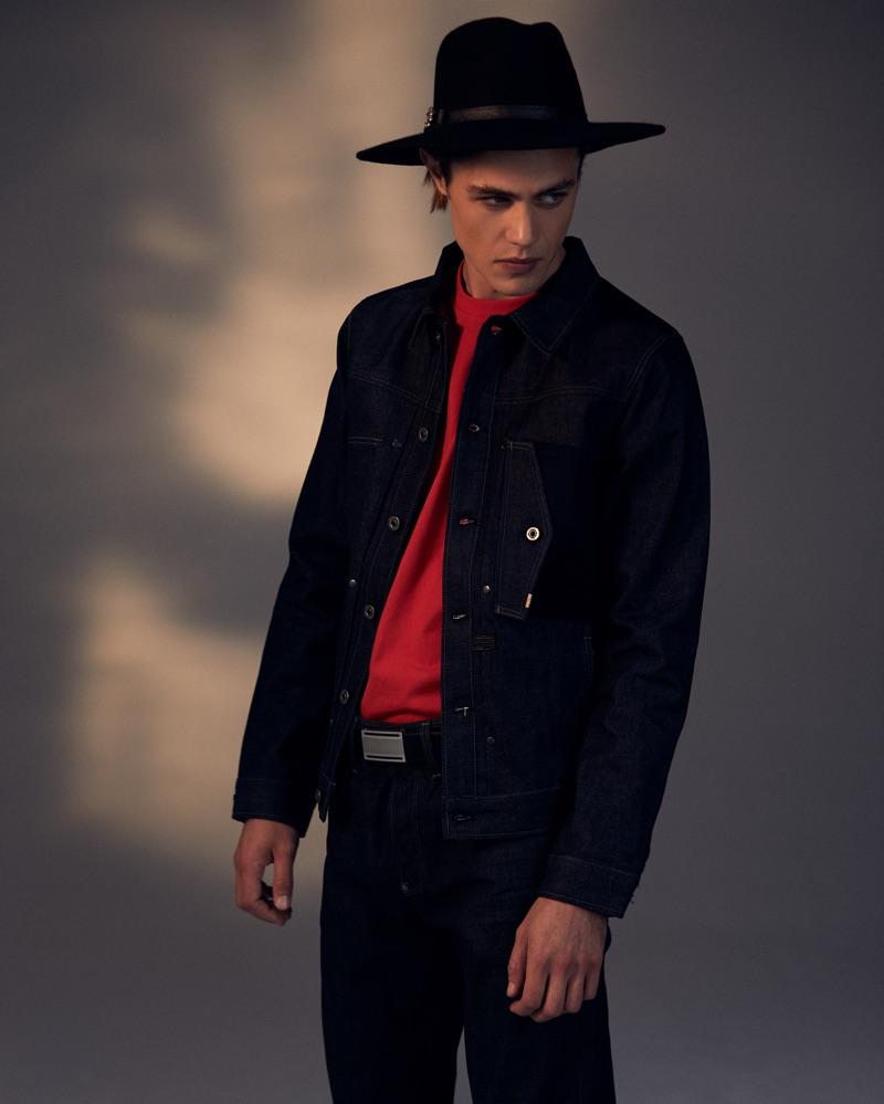 Stefan wears t-shirt Diesel, hat Crystal Birch, jacket and jeans G-Star Raw.