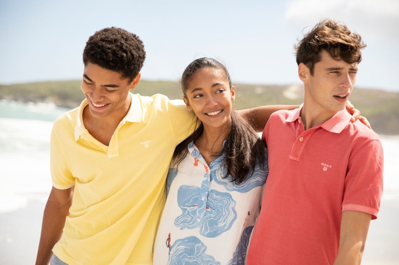 GANT enlists models Desire Mia and Adrien Sahores to showcase its summer style.
