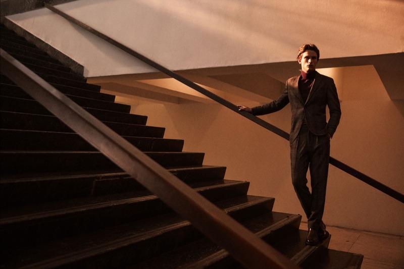 A sharp vision, Simon Nessman appears in Massimo Dutti's fall-winter 2019 campaign.