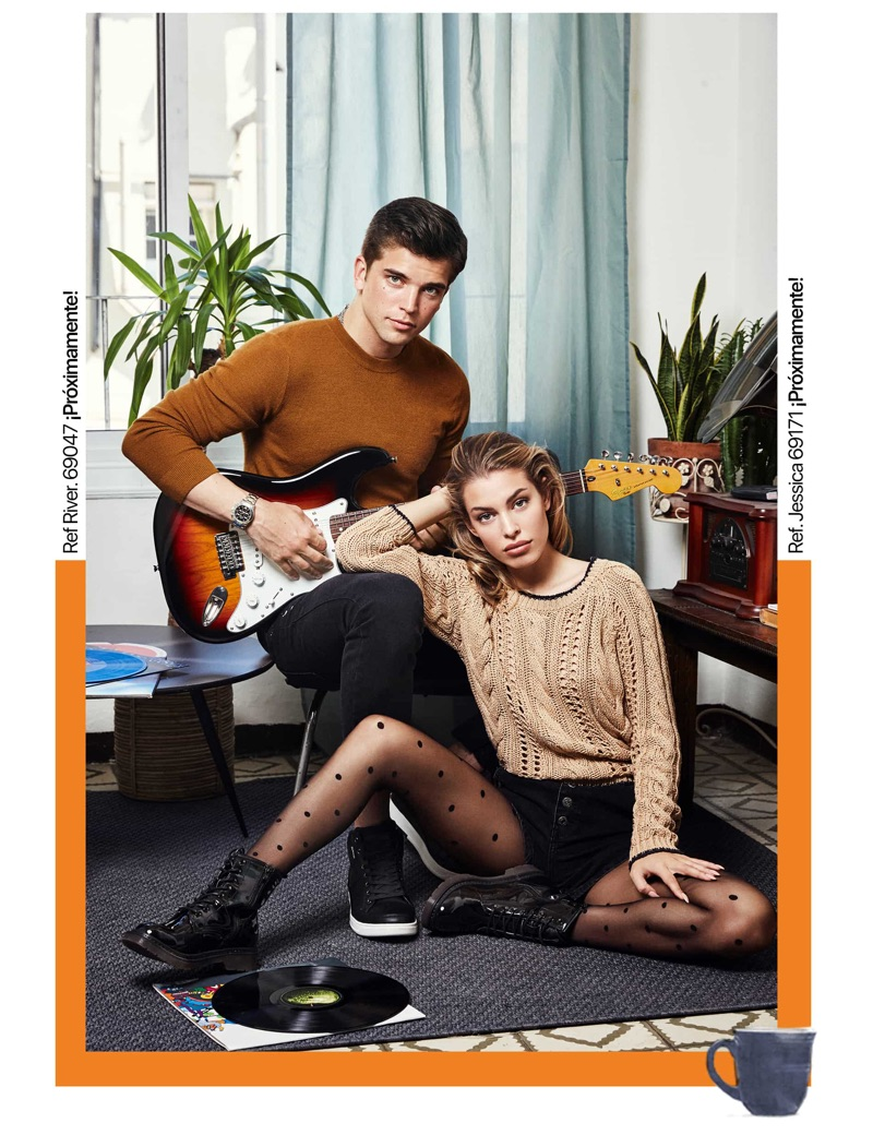 Embracing earth tones, River Viiperi and Jessica Goicoechea star in Refresh Shoes' fall-winter 2019 campaign.