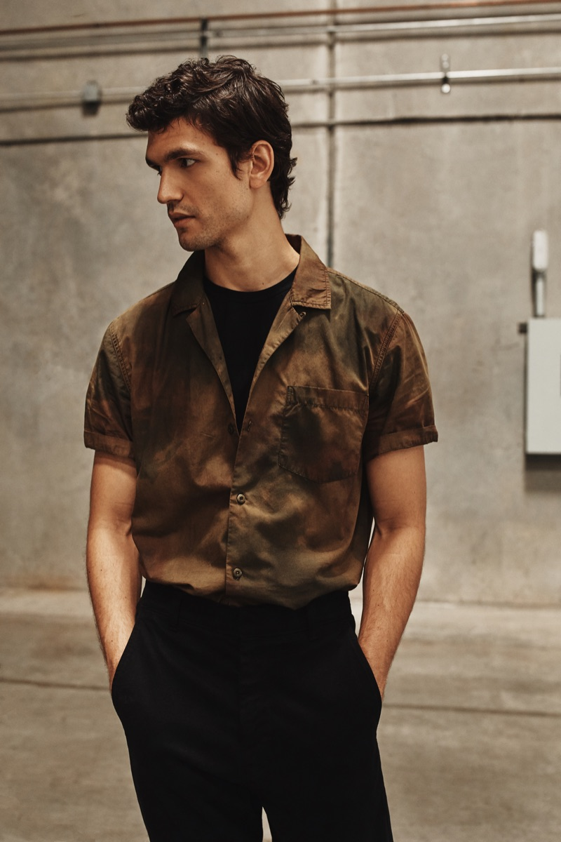 A chic vision, Alfredo Nemer models fashions from AG Jeans' spring-summer 2020 collection.