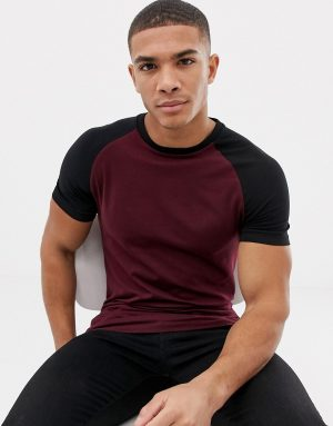ASOS DESIGN muscle fit raglan t-shirt with crew neck in burgundy - Red