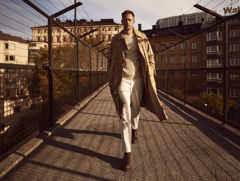 A chic vision, Alexander Skarsgård fronts Clarks' fall-winter 2019 campaign.