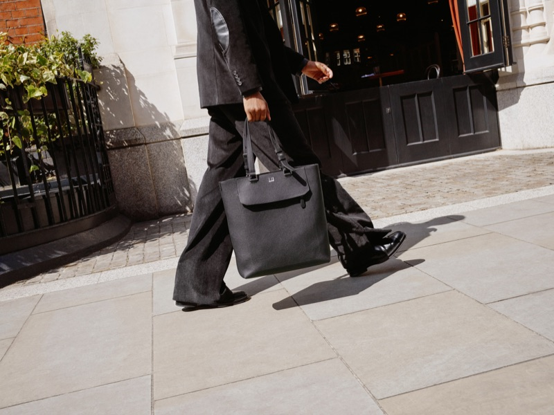 Take hold of Dunhill's North/South leather tote from its Belgrave collection.