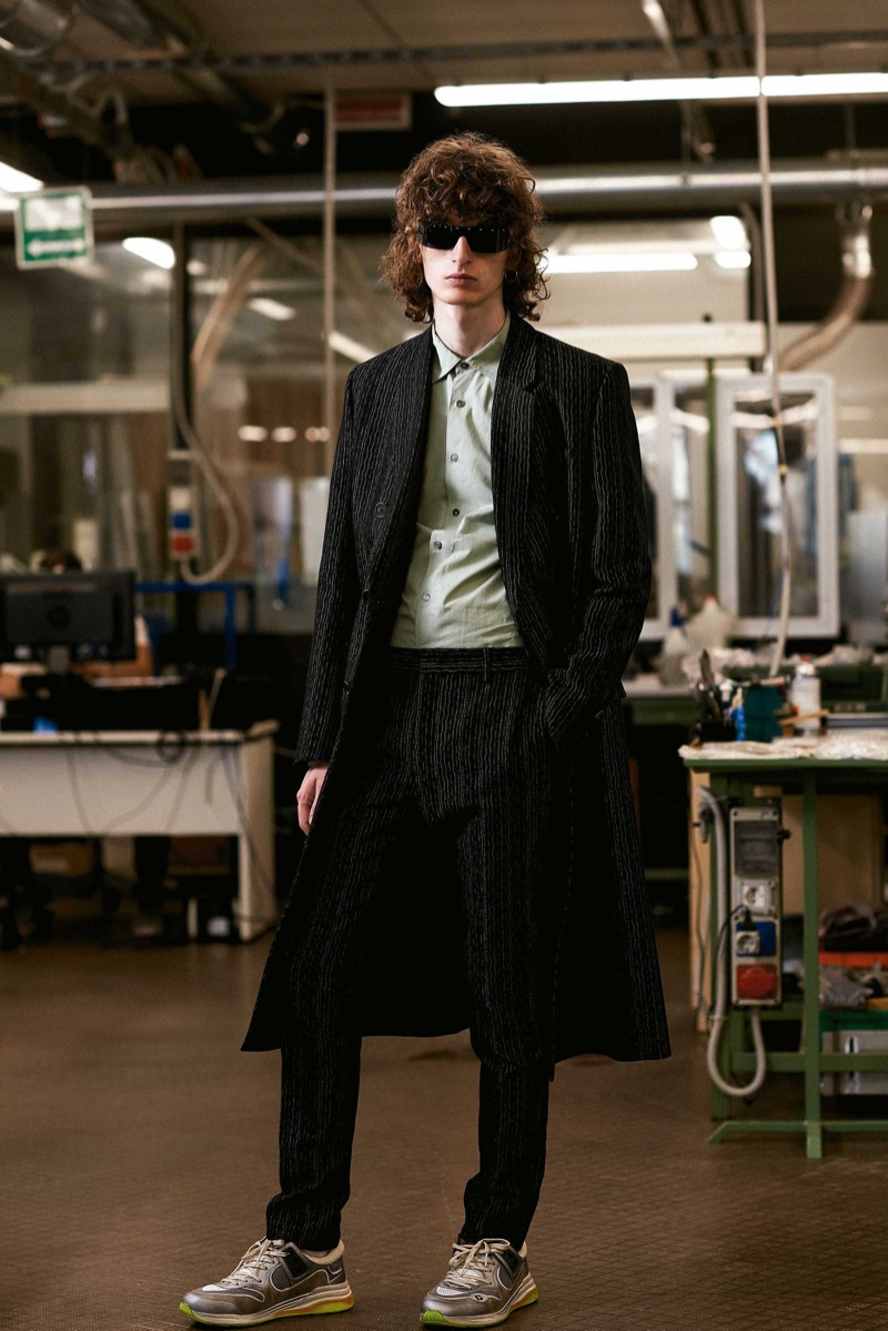 Lukas & Gabriel Take to the Factory in Tailored Styles for Esquire México