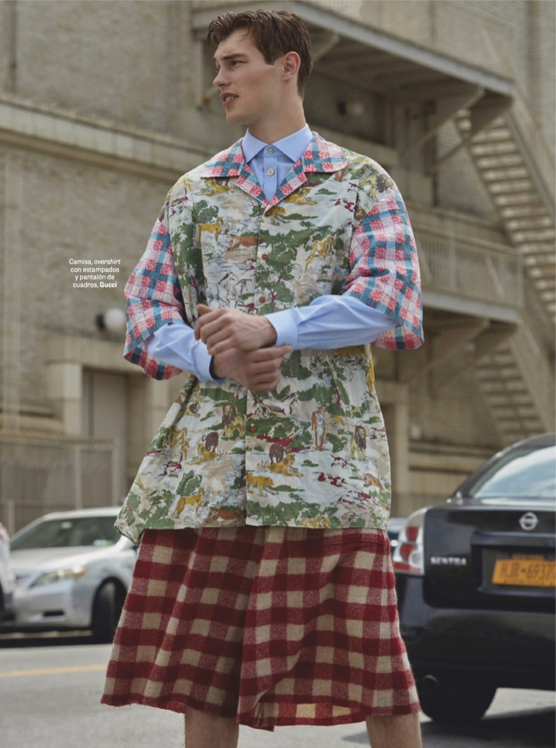 Kit Butler Sports Quirky Gucci Style for GQ México