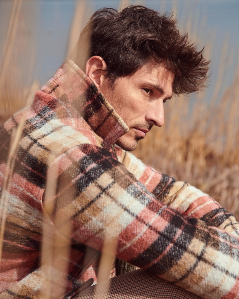 Donning a checked coat, Andres Velencoso fronts Peek & Cloppenburg's fall-winter 2019 campaign.