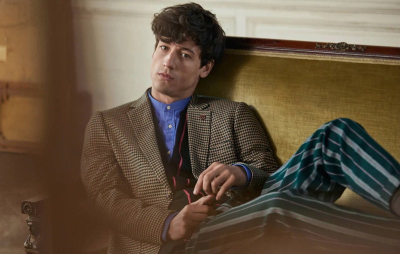 Nicolas Ripoll dons printed tailoring from Scotch & Soda's fall 2019 collection.