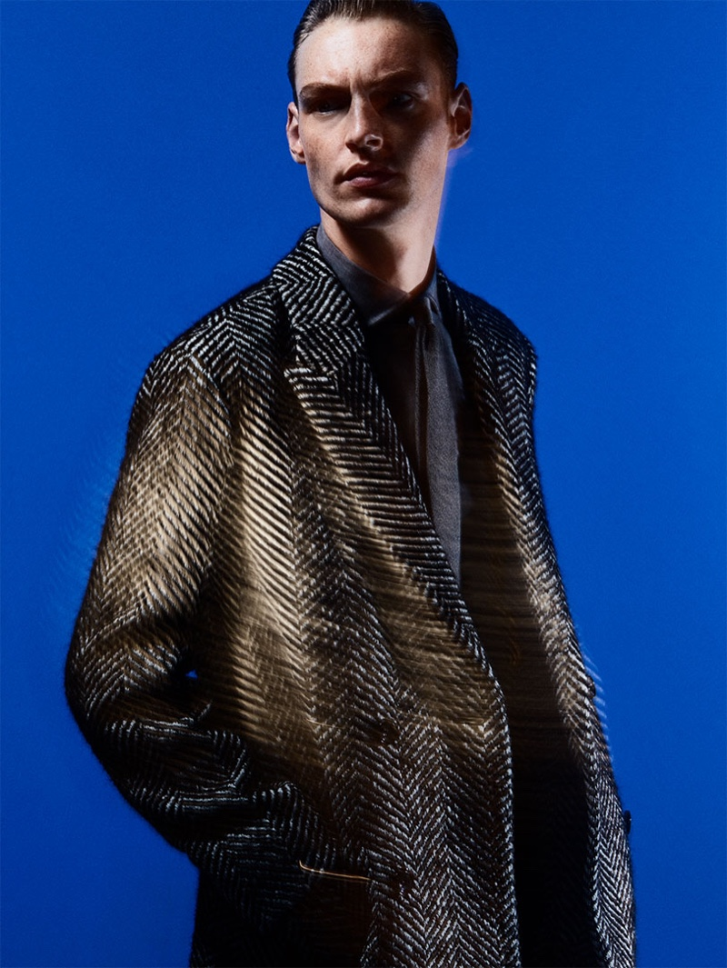 Roberto Sipos dons check tailoring from Zara.