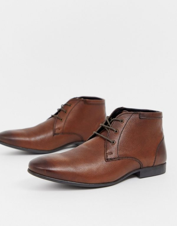 ASOS DESIGN chukka boots in brown leather
