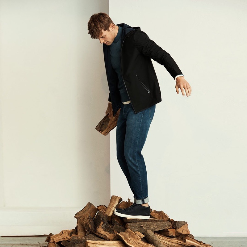 Going casual, Elliott Reeder models a fall look from Banana Republic.