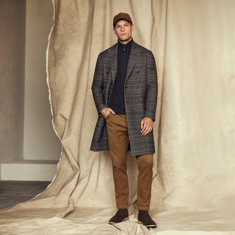 Front and center, Elliott Reeder makes a case for classic fall style from Banana Republic.
