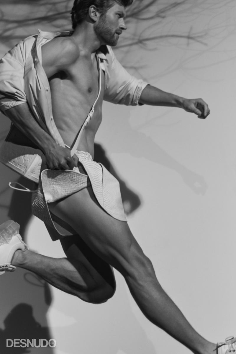 Jan Trojan Rocks White for Desnudo Italia