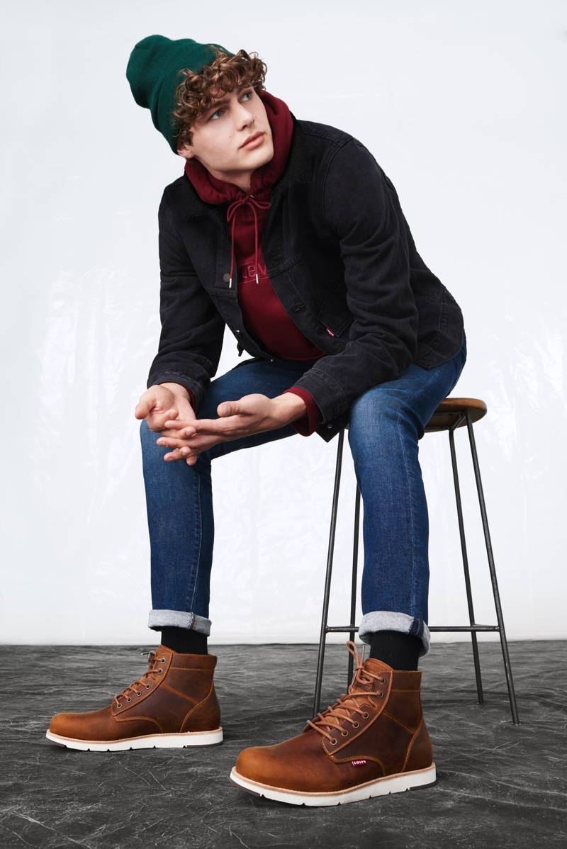Going casual, Darwin Gray sports a look from Levi's fall-winter 2019 men's collection.