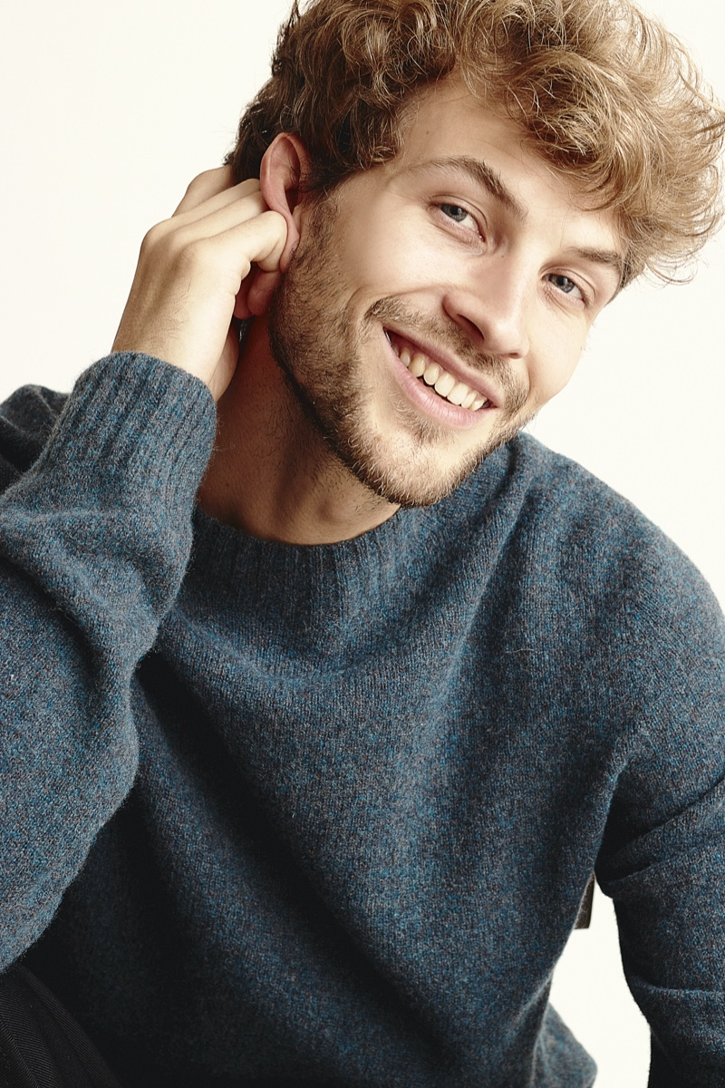 Rasmus wears sweater UNIQLO U.