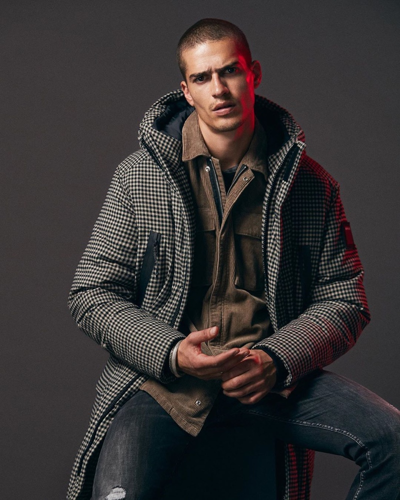 Replay enlists Marco Vinante as the star of its fall-winter 2019 campaign.