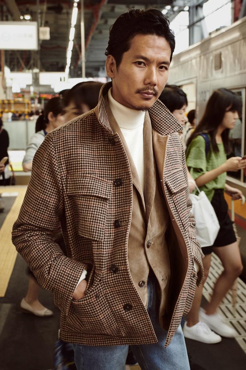 Fashion director Shuhei Nishiguchi is a chic vision for Mango's fall 2019 #BEanICON campaign.