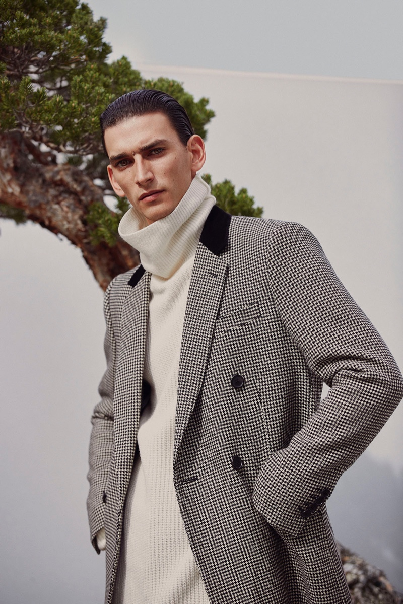 Thibaud Charon Embraces Relaxed Tailoring for Forbes España