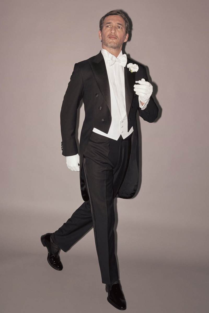 Dressed to the nines, Ilay Kurelovic dons an elegant tuxedo from Brioni's fall-winter 2019 collection.