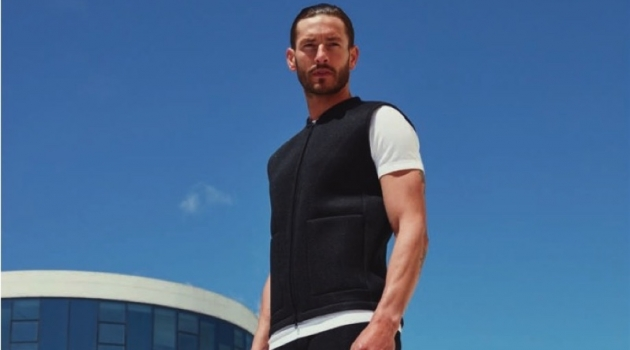 Parker Gregory sports a sleek look from Falke's spring-summer 2020 collection.