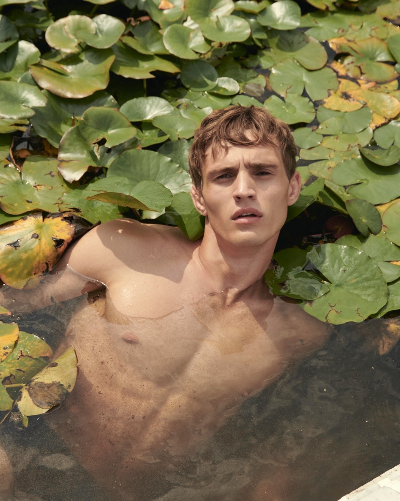 Object of Desire: Julian Schneyder for Essential Homme