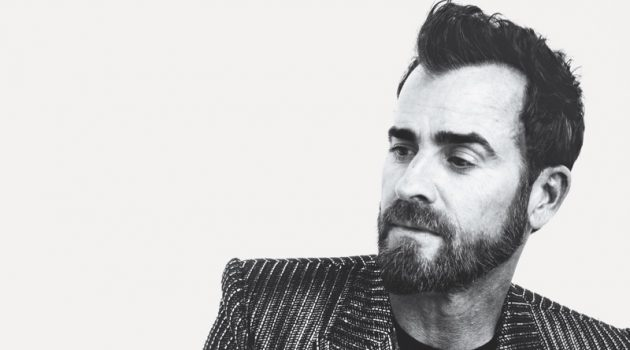 Justin Theroux wears Tiffany & Co. accessories for Town & Country.