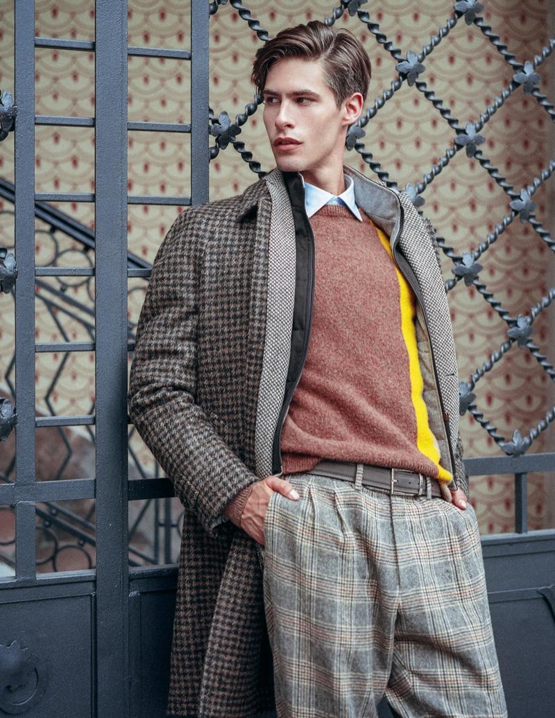 Oyvind wears shirt Caporiccio, sweater and pants Drumoh, jacket and coat Luigi Bianchi.