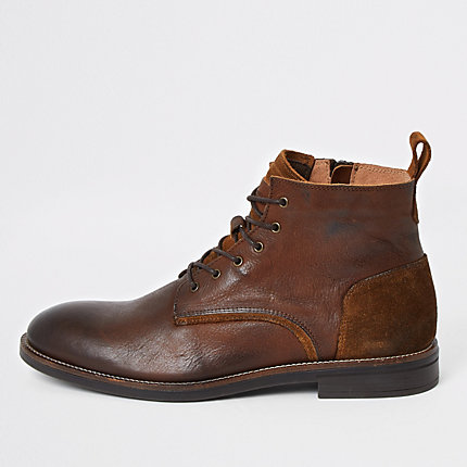 River Island Mens Brown leather lace-up chukka boots