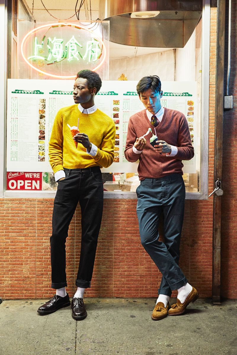 Pictured in New York, Youssouf Bamba and InHyuk Yeo don colorful sweaters from Todd Snyder. Youssouf wears a cashmere donegal sweater in yukon gold while InHyuk sports a cashmere v-neck sweater in burnt rose.