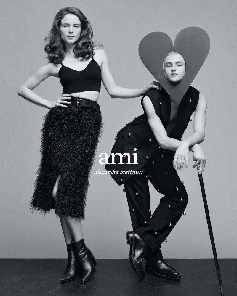 Anna de Rijk and Arthur fronts AMI's spring-summer 2020 campaign.
